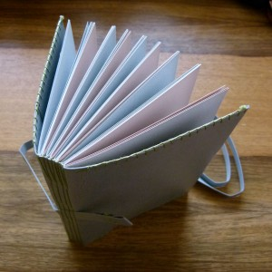 12x17cm | 96p | Bookbinding leather + Arjowiggins Keykolor recycled paper | Longstitch binding